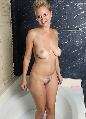 Bathroom Porn Pictures